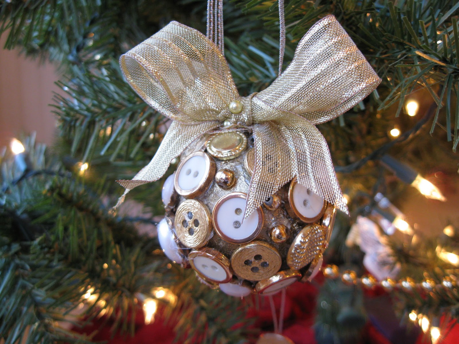 19 Christmas Ornaments Which Highlight The Fervor Of The Festive - Home Decor & DIY Ideas