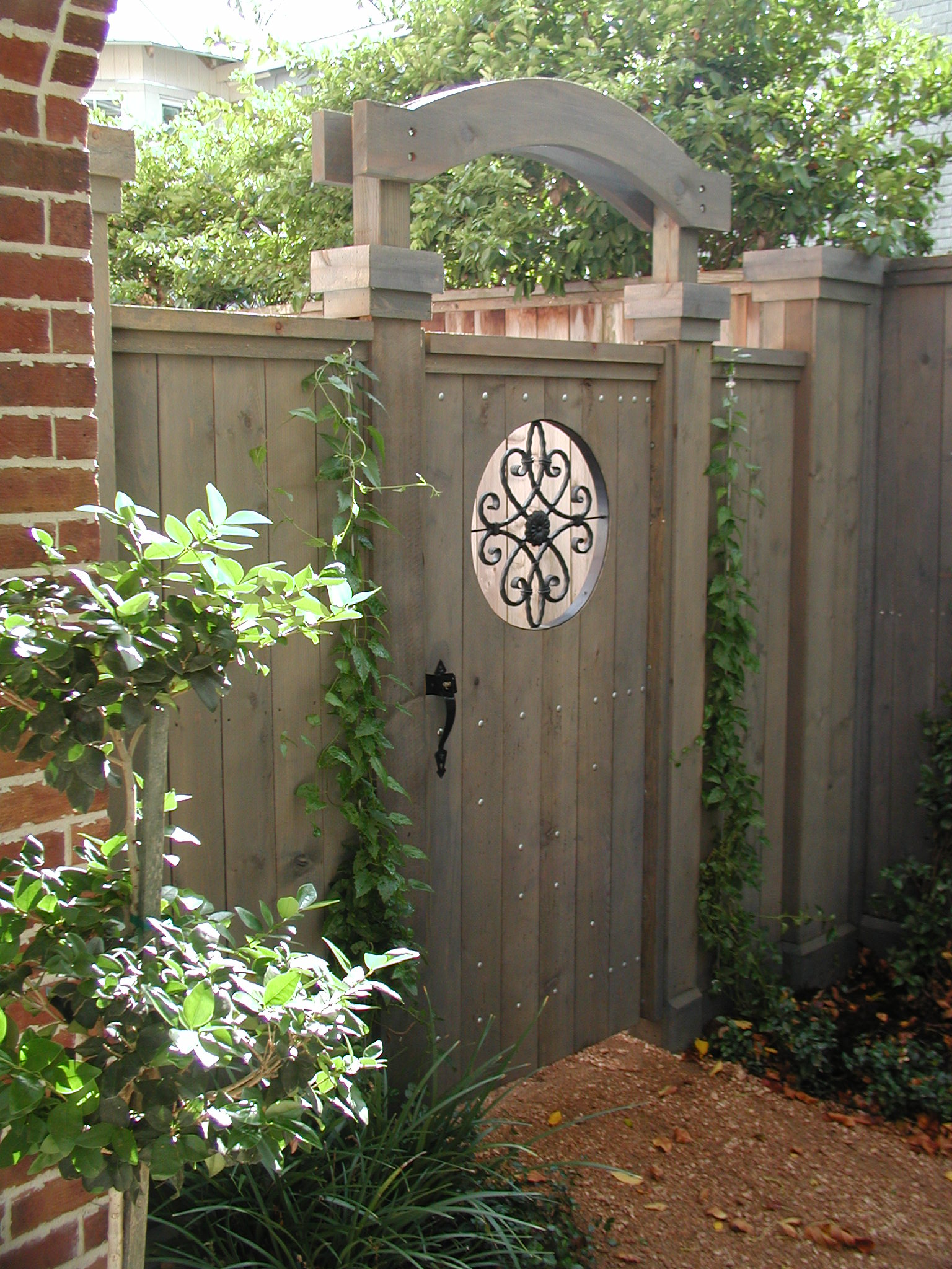 21 Great Garden Gate Ideas - Home Decor & DIY Ideas
