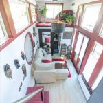 22 Great Quirky Tiny House Decoration Ideas
