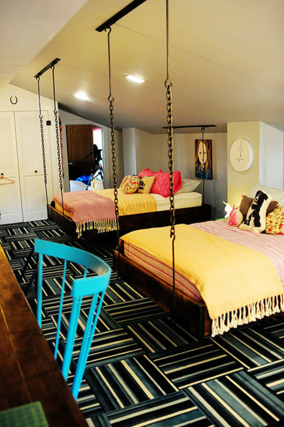 20 Hanging Bed Ideas