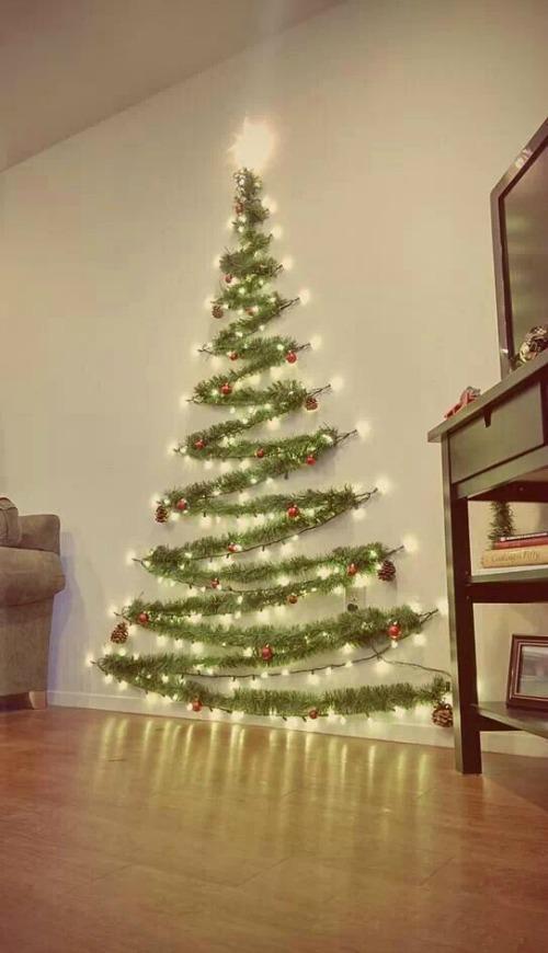 Christmas wall décor ideas | Home Decor & DIY Ideas